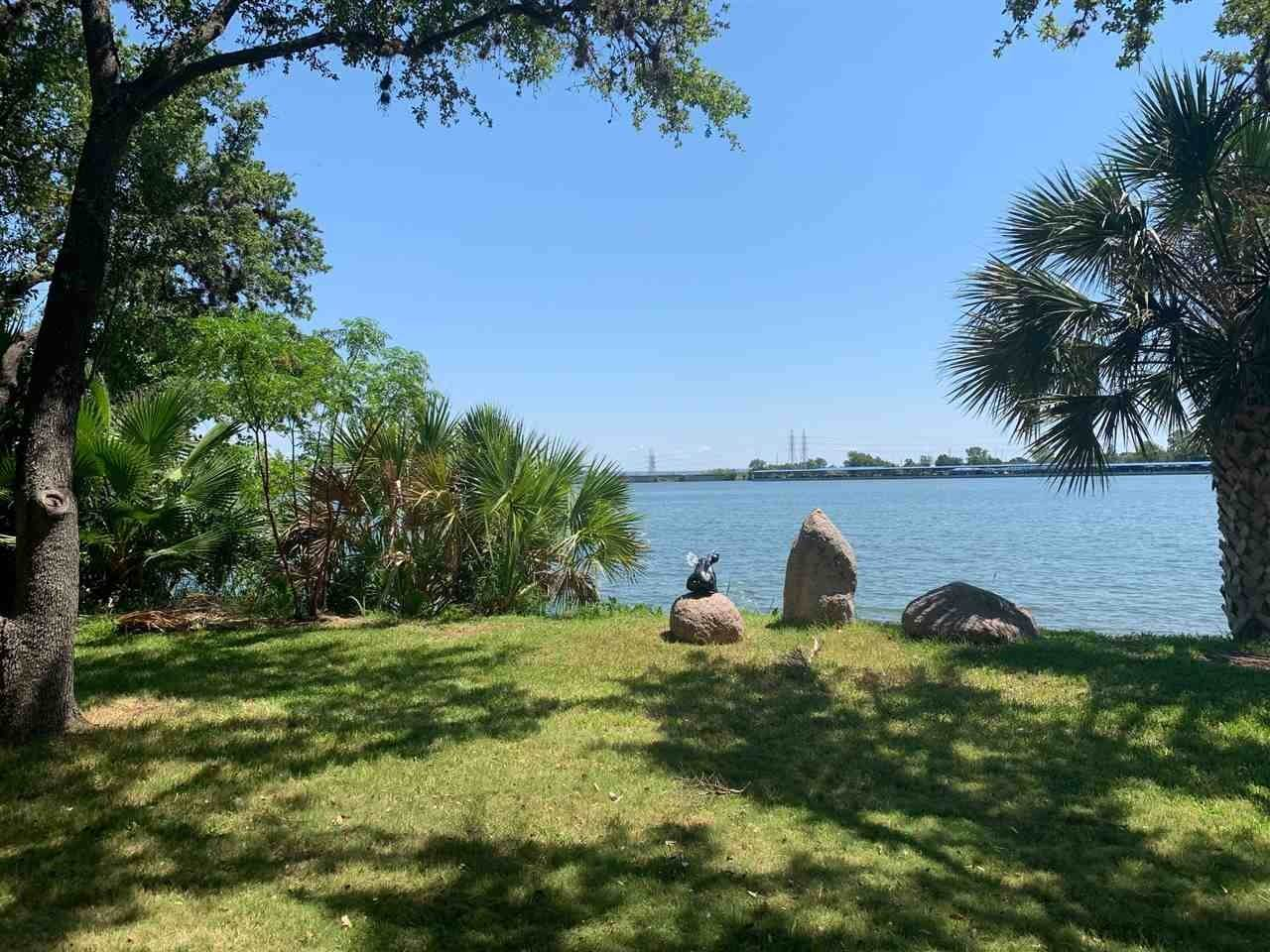 Property for Sale at Lot 4 Estate Drive Horseshoe Bay, Texas 78657 United States