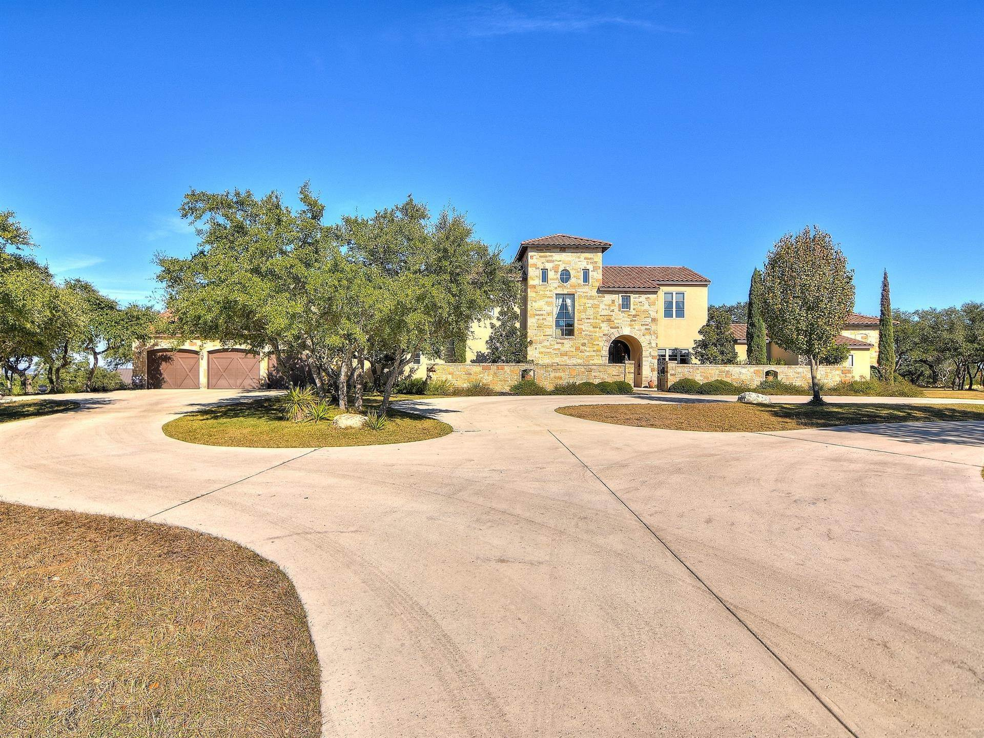 Residential at 28420 Bridle Path Boerne, Texas 78006 United States
