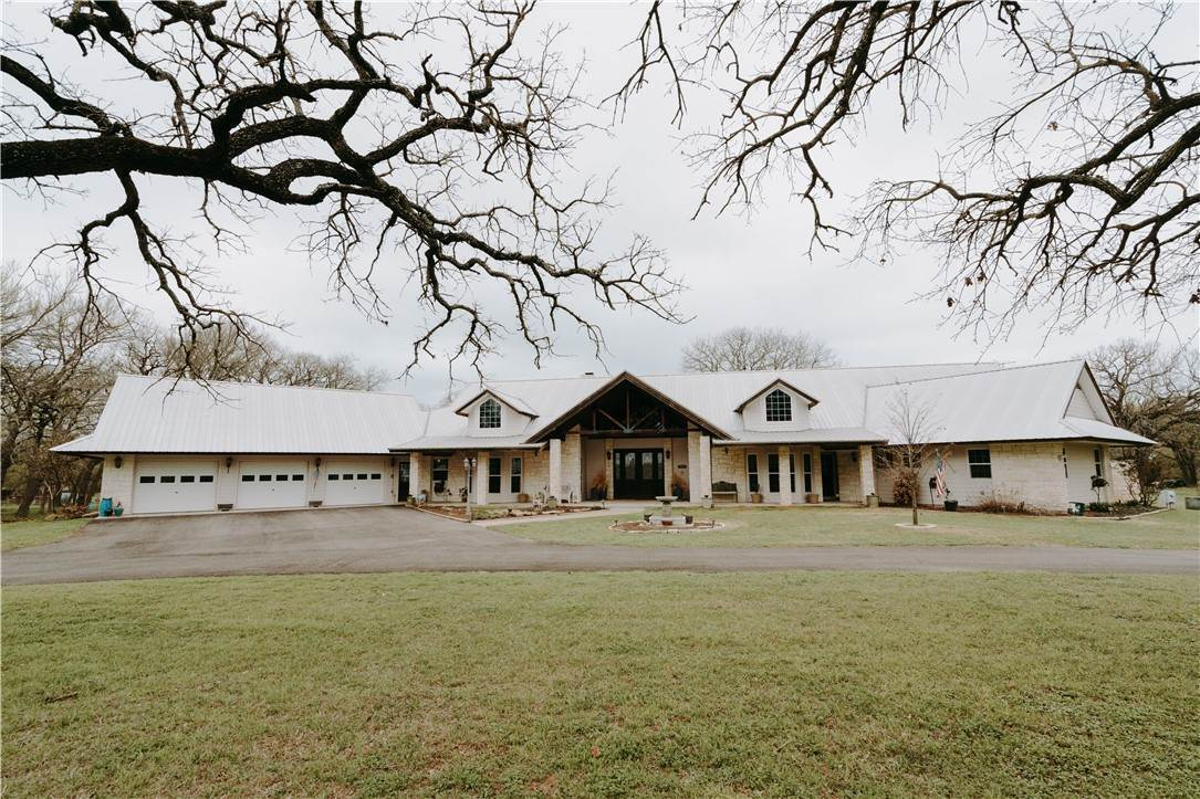 Single Family Homes por un Venta en 3082 County Road 446 Thorndale, Texas 76577 Estados Unidos
