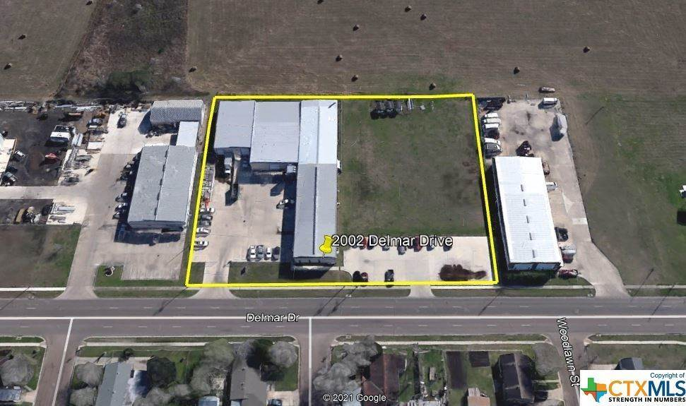 Commercial for Sale at 1902 & 2002 Delmar Drive Victoria, Texas 77901 United States