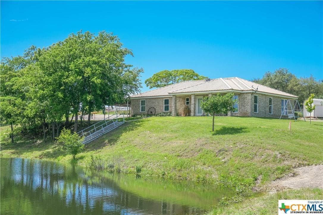 Residencial por un Venta en 225 Leisure Acres Road Gatesville, Texas 76528 Estados Unidos