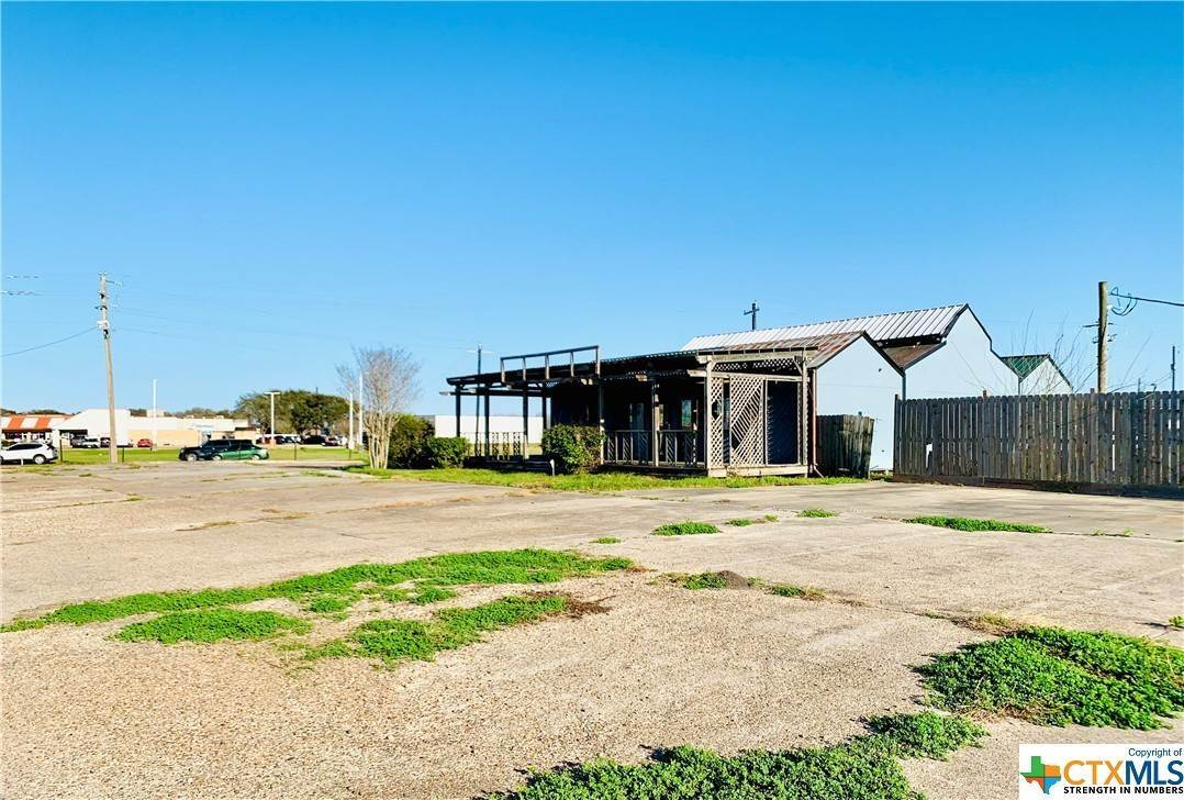 Commercial for Sale at 3509 Houston HWY Highway Victoria, Texas 77901 United States