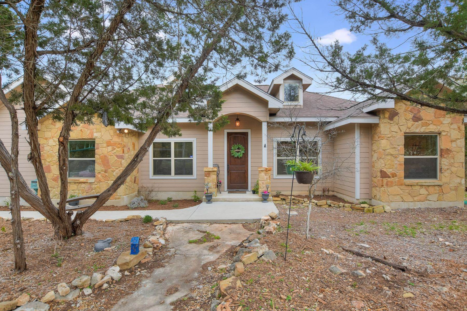 Single Family Homes for Sale at Beautiful Home in Hill Country Retreat 3948 Summit Drive New Braunfels, Texas 78132 United States