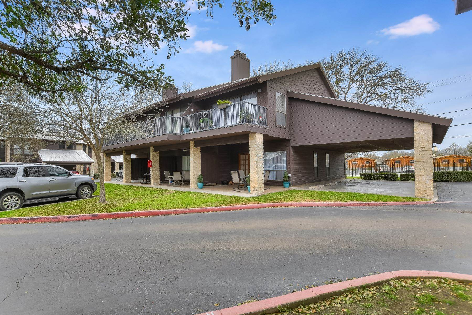 Condominiums for Sale at Comal River Condo 371 West Lincoln Street C-104 New Braunfels, Texas 78130 United States