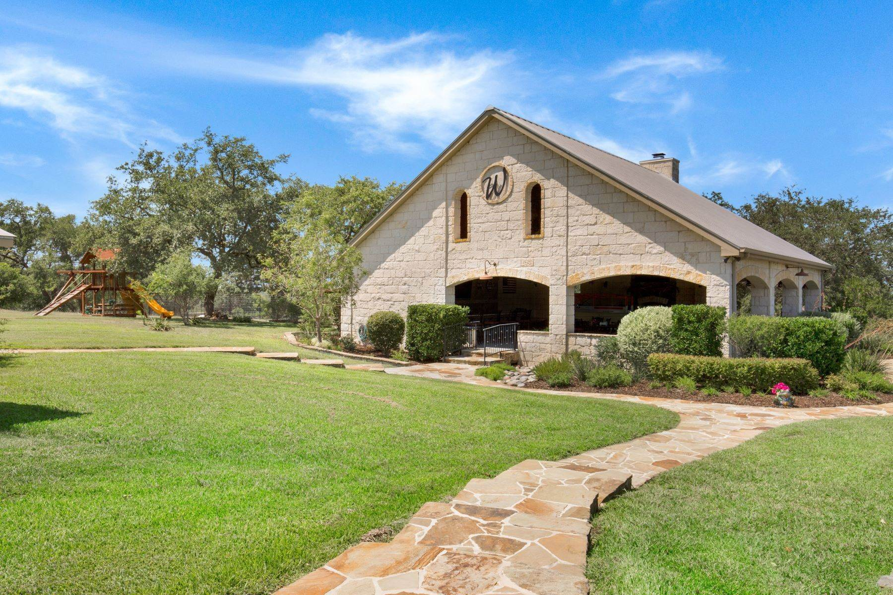 18. Farm and Ranch Properties at 1587 Limestone Ledge Spring Branch, Texas 78070 United States