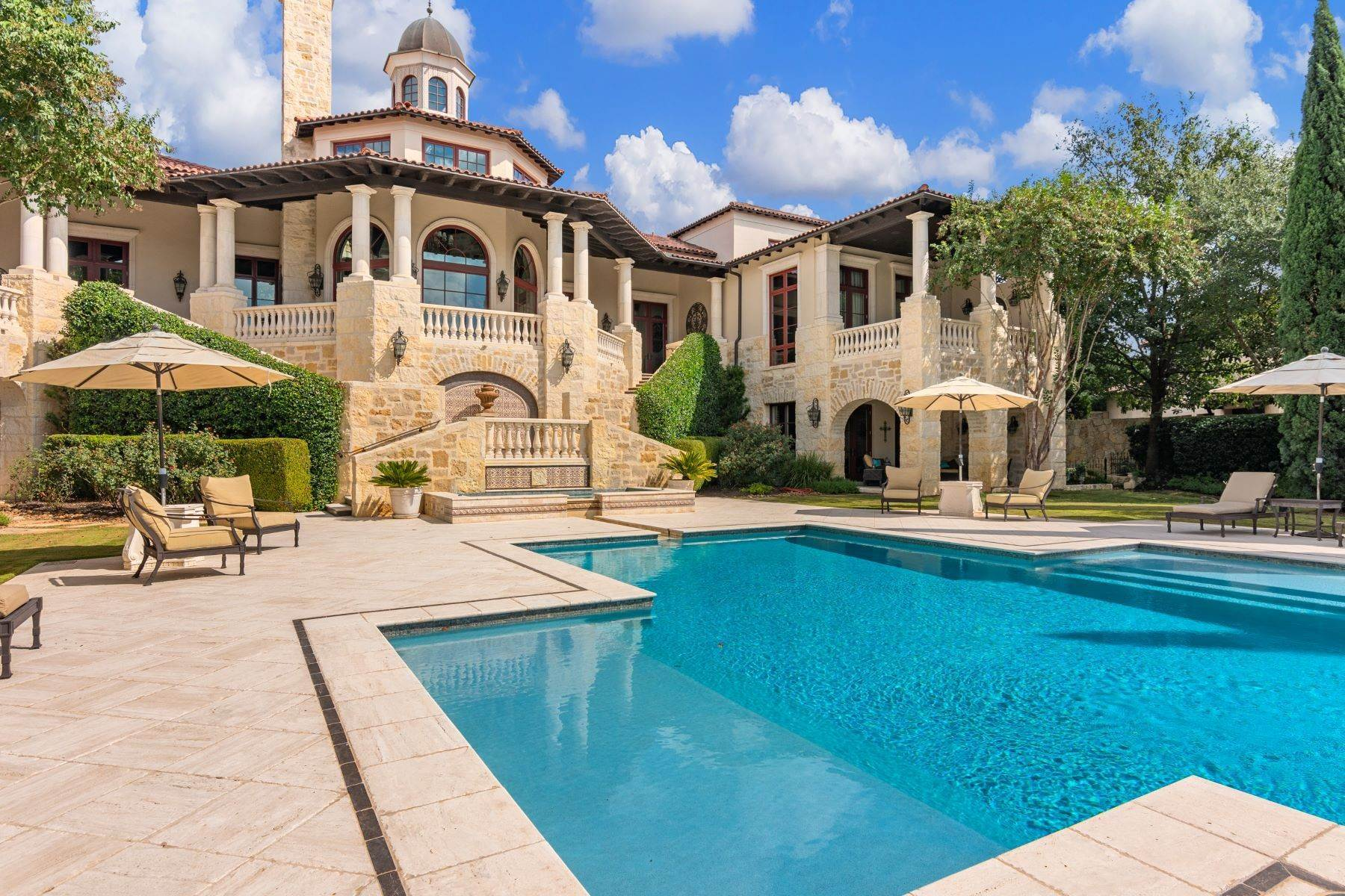 30. Single Family Homes at 14 Crescent Park San Antonio, Texas 78257 United States