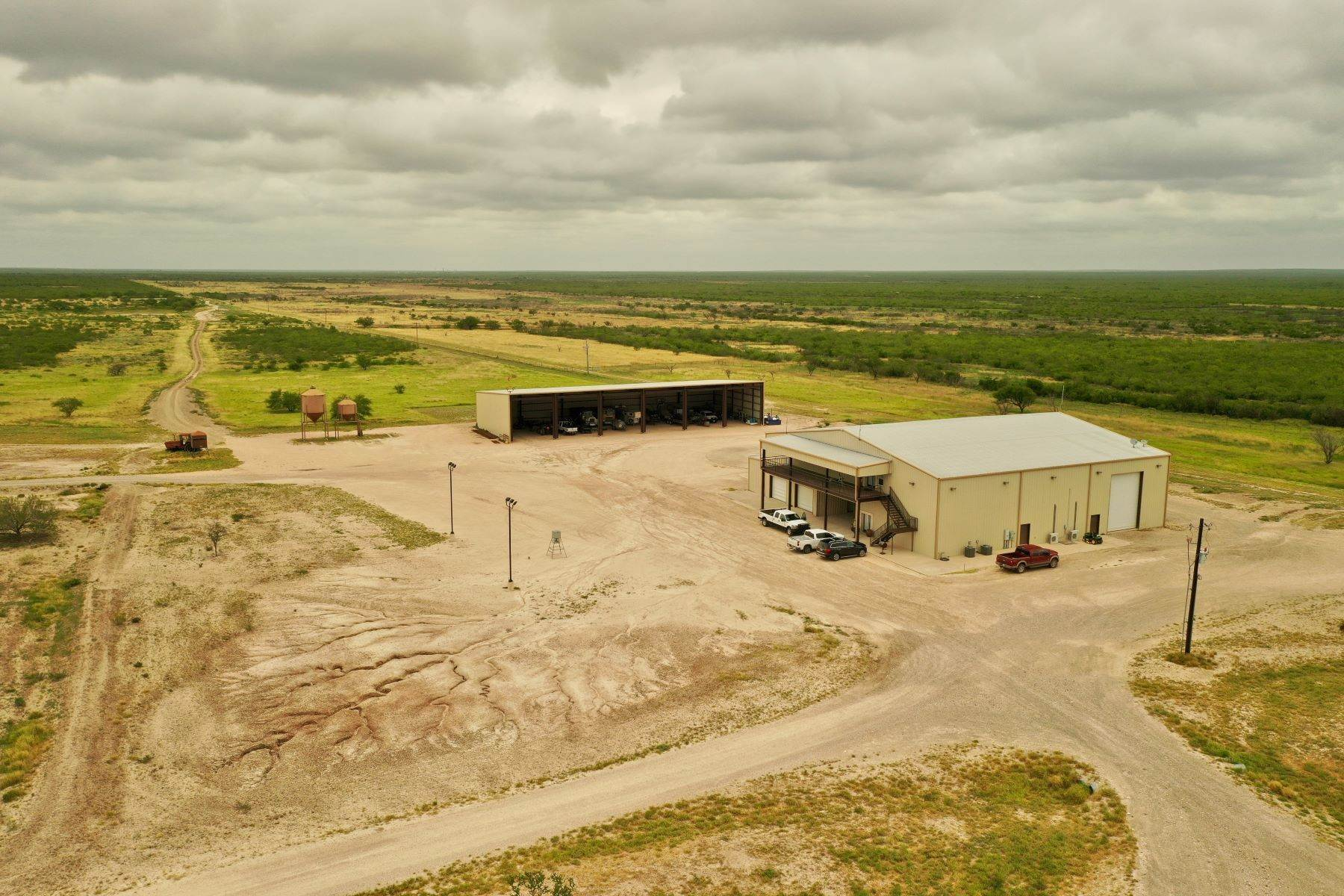 19. Farm and Ranch Properties at 8,988+/- Acres Covenant Ranch, Webb County Freer, Texas 78046 United States