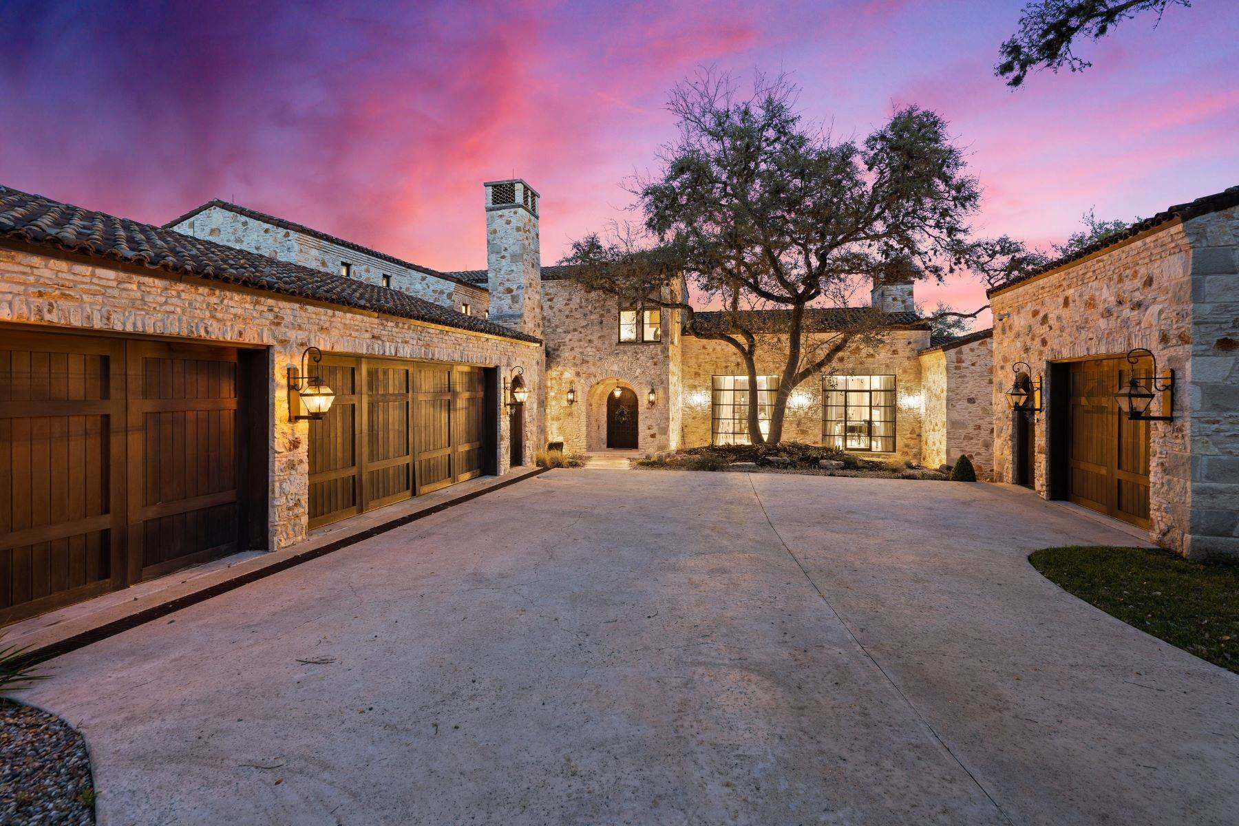 Single Family Homes for Sale at Italian Escape on Lake Austin 3901 Island Knoll Drive Austin, Texas 78746 United States